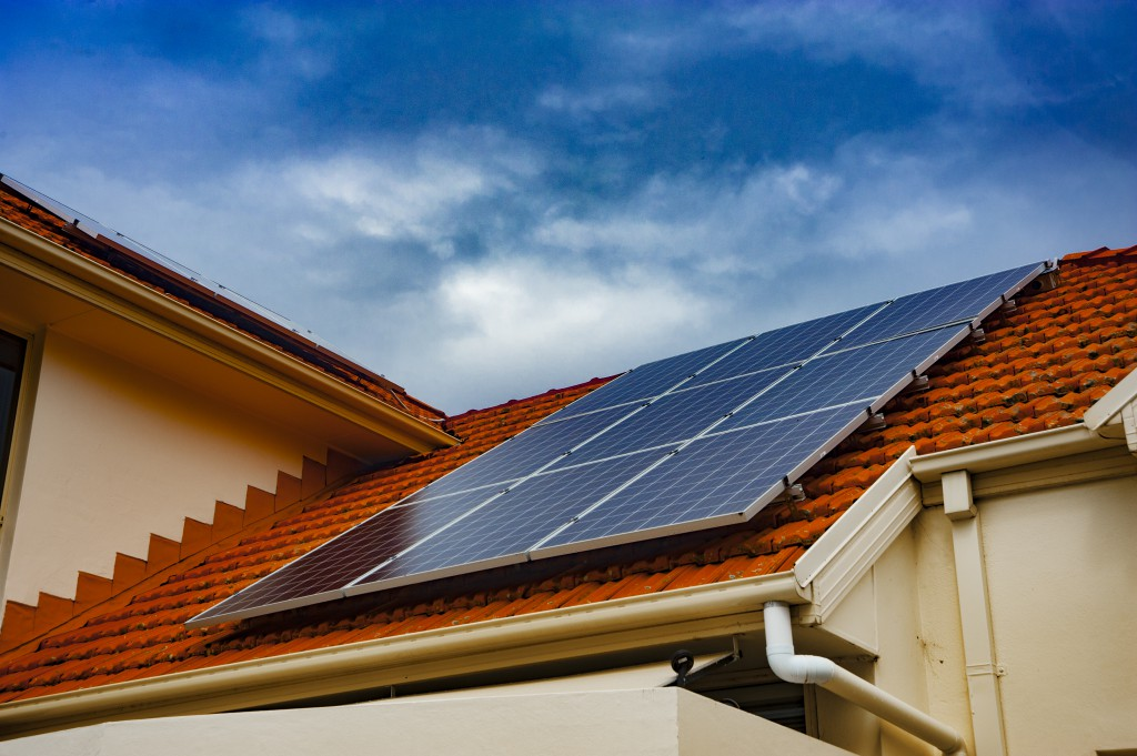 Are solar panels worth is 2017?