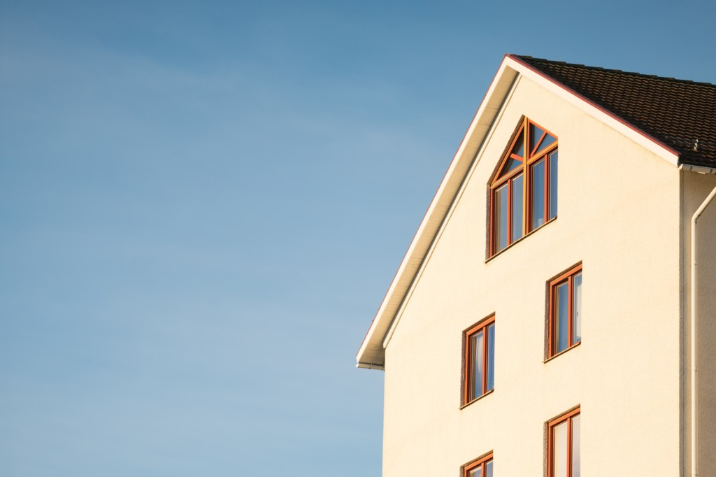 7 energy efficient home projects