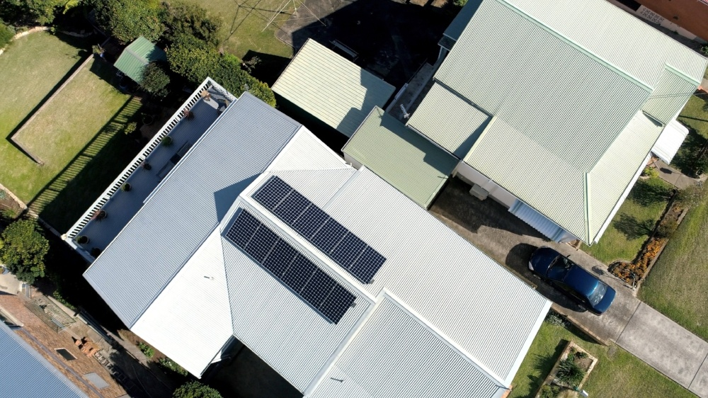 Four things a household solar battery can do